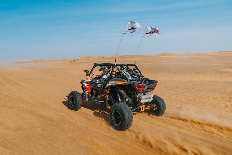 DUNE BASH WITH BIG RED