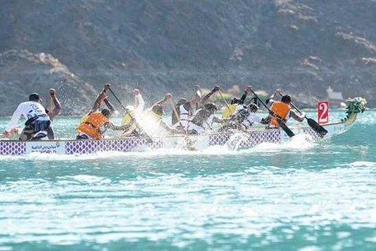 DUBAI DRAGON BOAT RACE GETS GOING